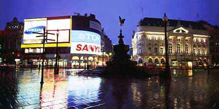 PICCADILLY REFLECTIONS